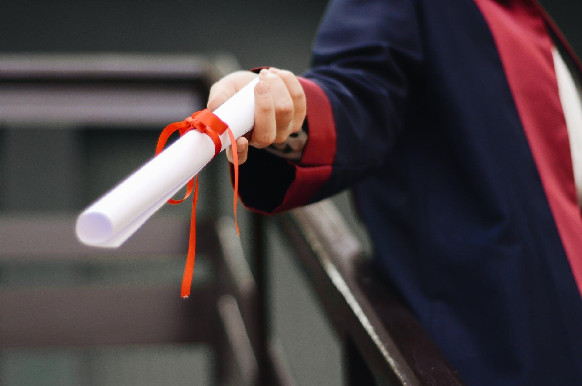 Államvizsga külsősként: nem adják ingyen a diplomát